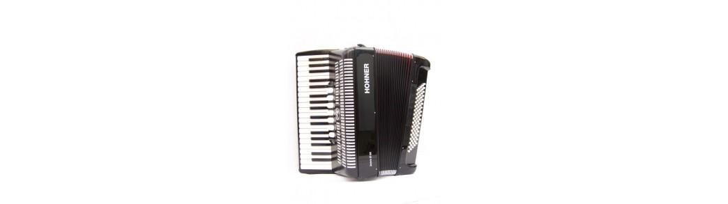 Magazinul de Instrumente muzicale - Expert Music Suceava - Acordeoane profesionale si pentru incepatori